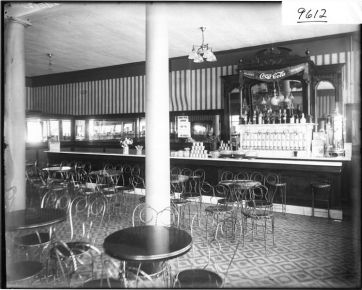 Costons soda_fountain 1909